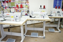 Horse_sewing_machine_in-office